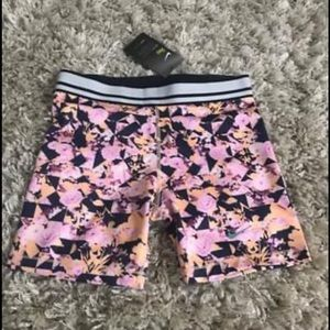 Nike Girls Pro Shorts-NEW